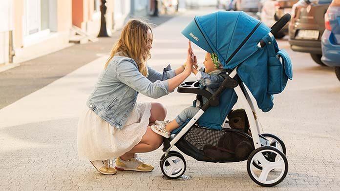 wózek spacerowy typu parasolka