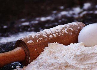 Dlaczego opłaca się zrobić ciasto z mąki ryżowej