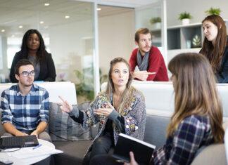 Jak wybrać profesjonalny system informatyczny dla swojej firmy