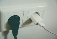 Jak chronić sprzęty elektroniczne przed burzą